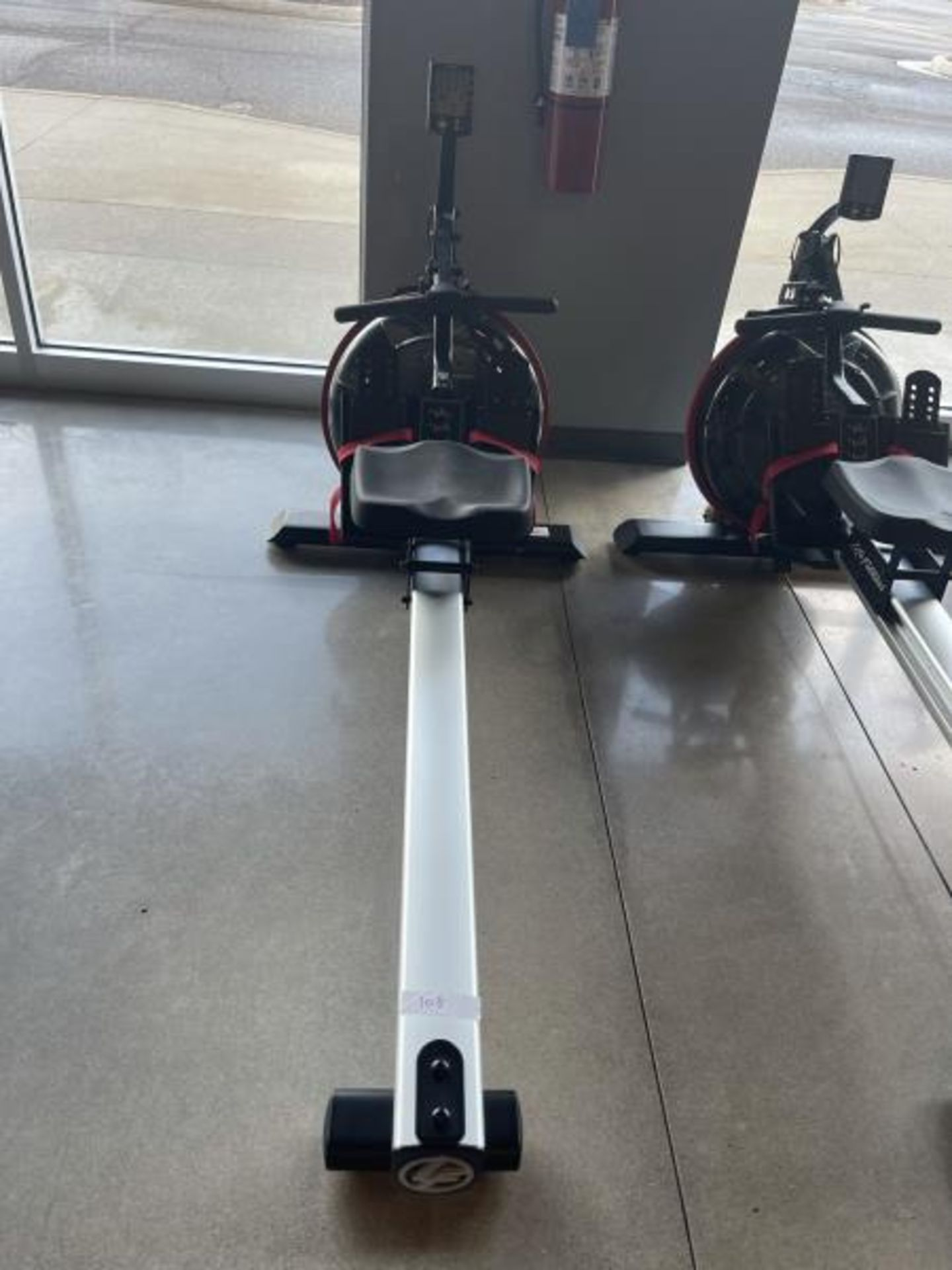 Life Fitness Rowing Machine M: GER-ALLLX-102 - Image 4 of 4