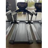 Life Fitness Treadmill M: 95T with Flex Deck, Shock Absorption System SN: TET107099