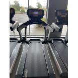 Life Fitness Treadmill M: 95T with Flex Deck, Shock Absorption System SN: TET107110