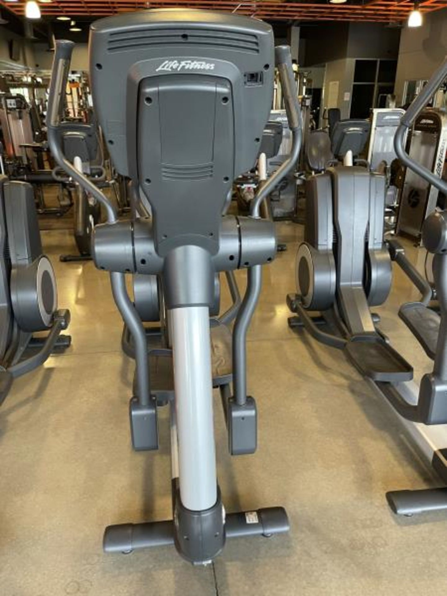 Life Fitness Elliptical M: 95X Has Out Of Order Sign - Image 3 of 4