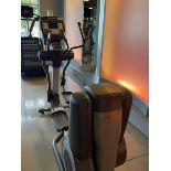 Life Fitness Elliptical M: 95X
