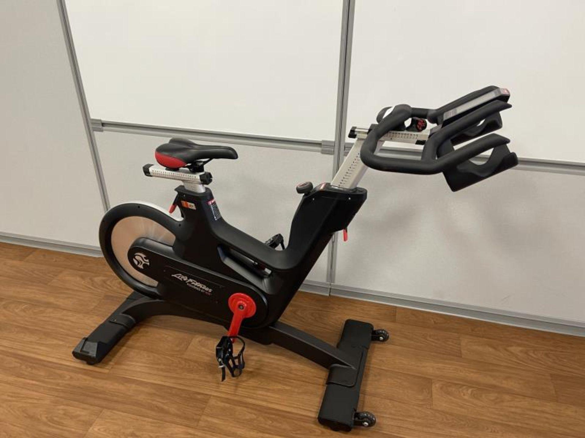 2018 Life Fitness IC7 Spin Bikes M: IC-LFIC7B2-01 - Image 2 of 3
