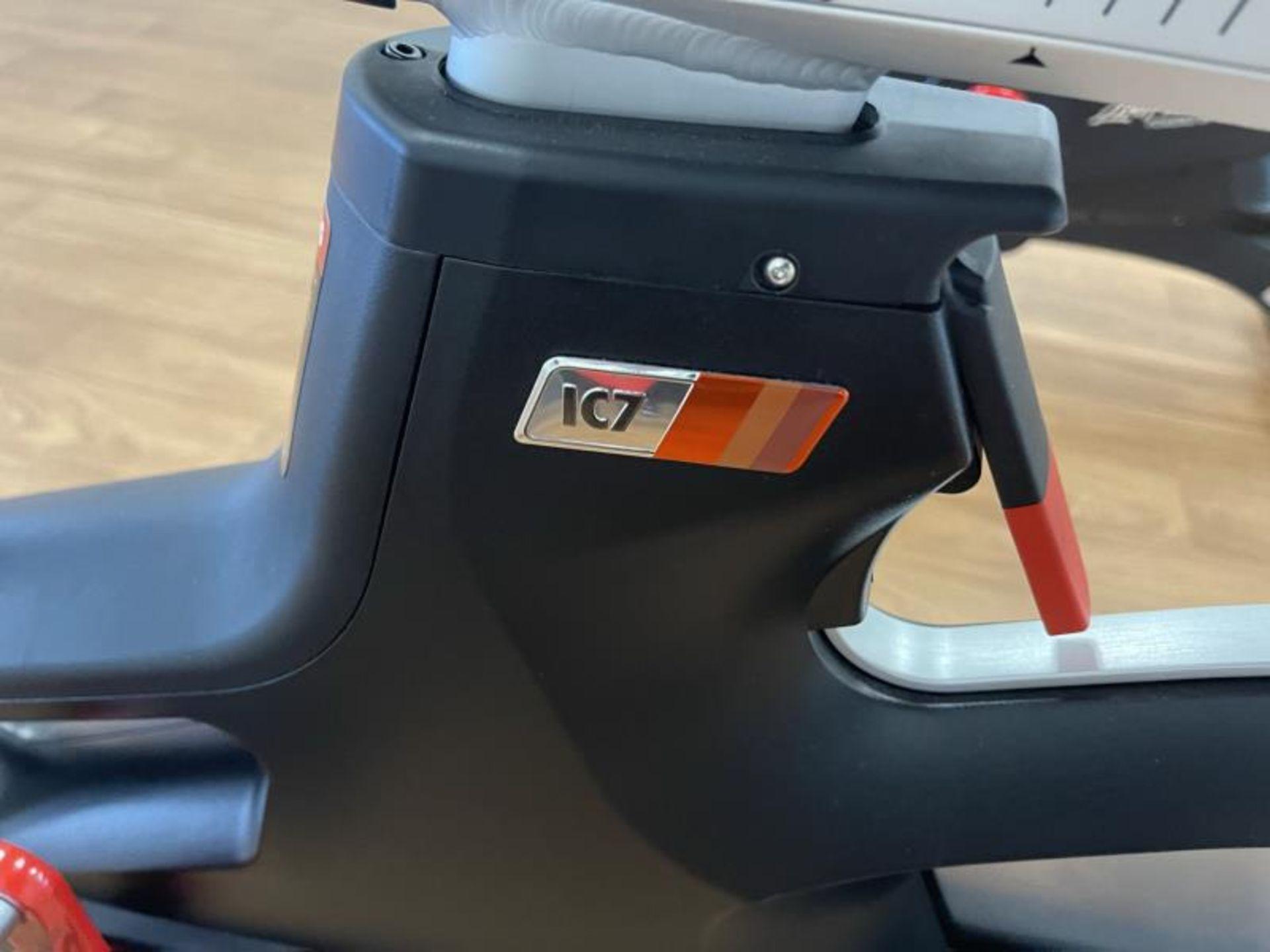 2018 Life Fitness IC7 Spin Bikes M: IC-LFIC7B2-01 - Image 4 of 5