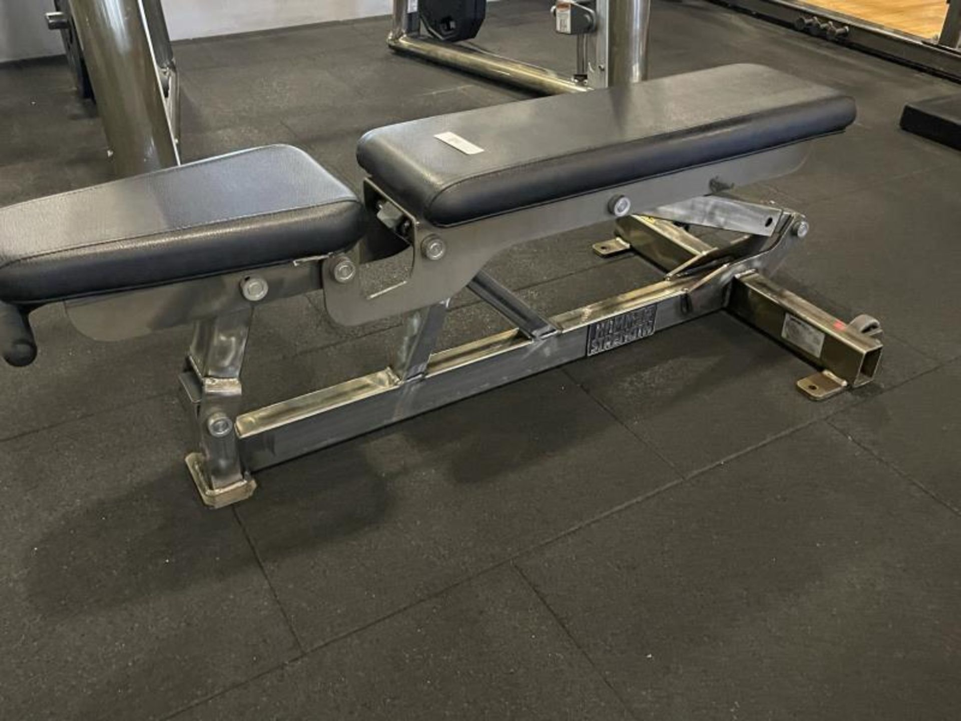 Hammer Strength Adjustable Bench with Torn Vinyl - Image 2 of 3