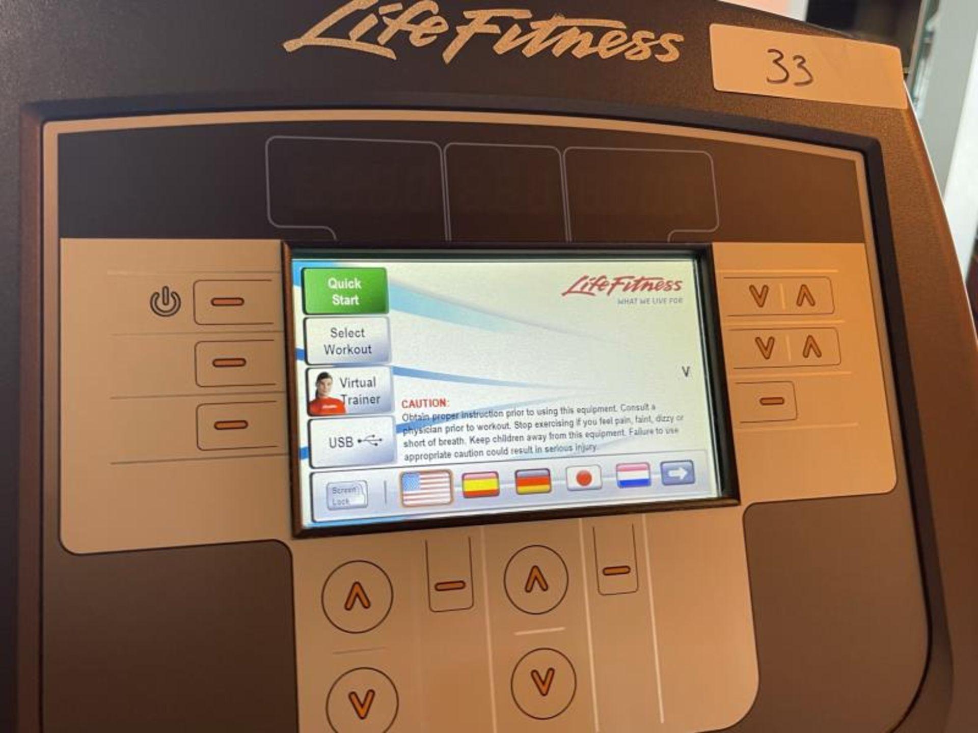 Life Fitness Elliptical M: 95X - Image 5 of 6