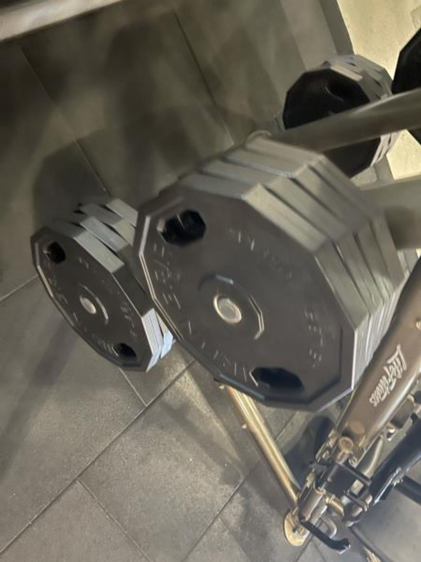 Life Fitness Linear Leg Press with Iron Grip Weighted Plates M: SPLLLP - Image 6 of 9