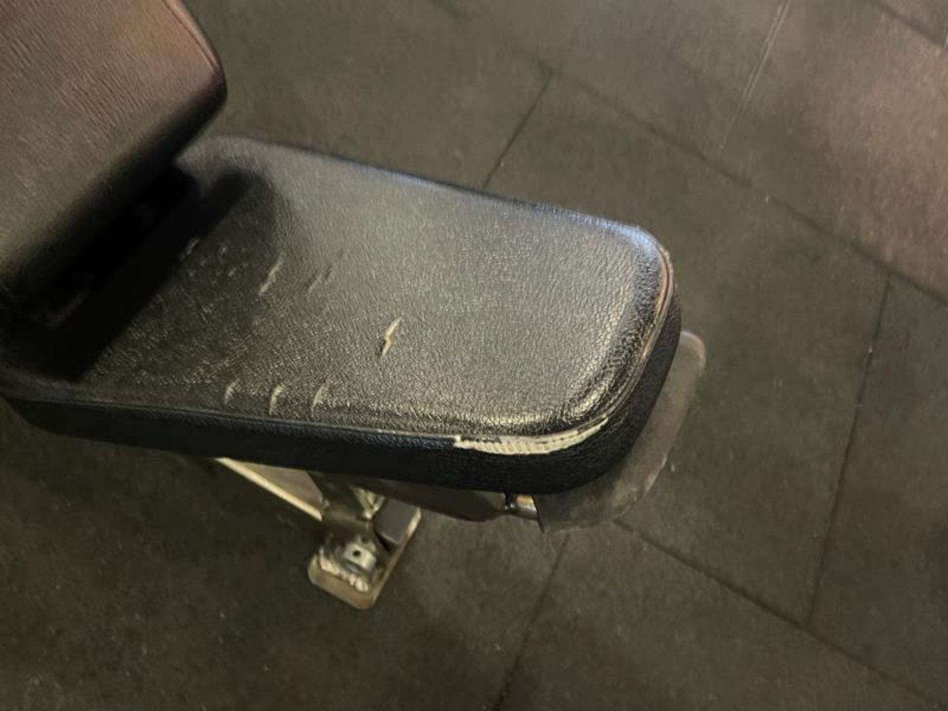 Hammer Strength Adjustable Bench with Torn Vinyl - Image 2 of 4