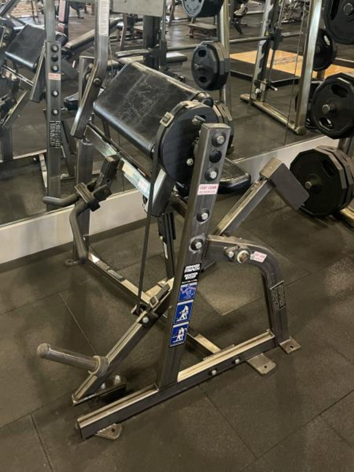 Hammer Strength Seated Bicep - Image 2 of 5