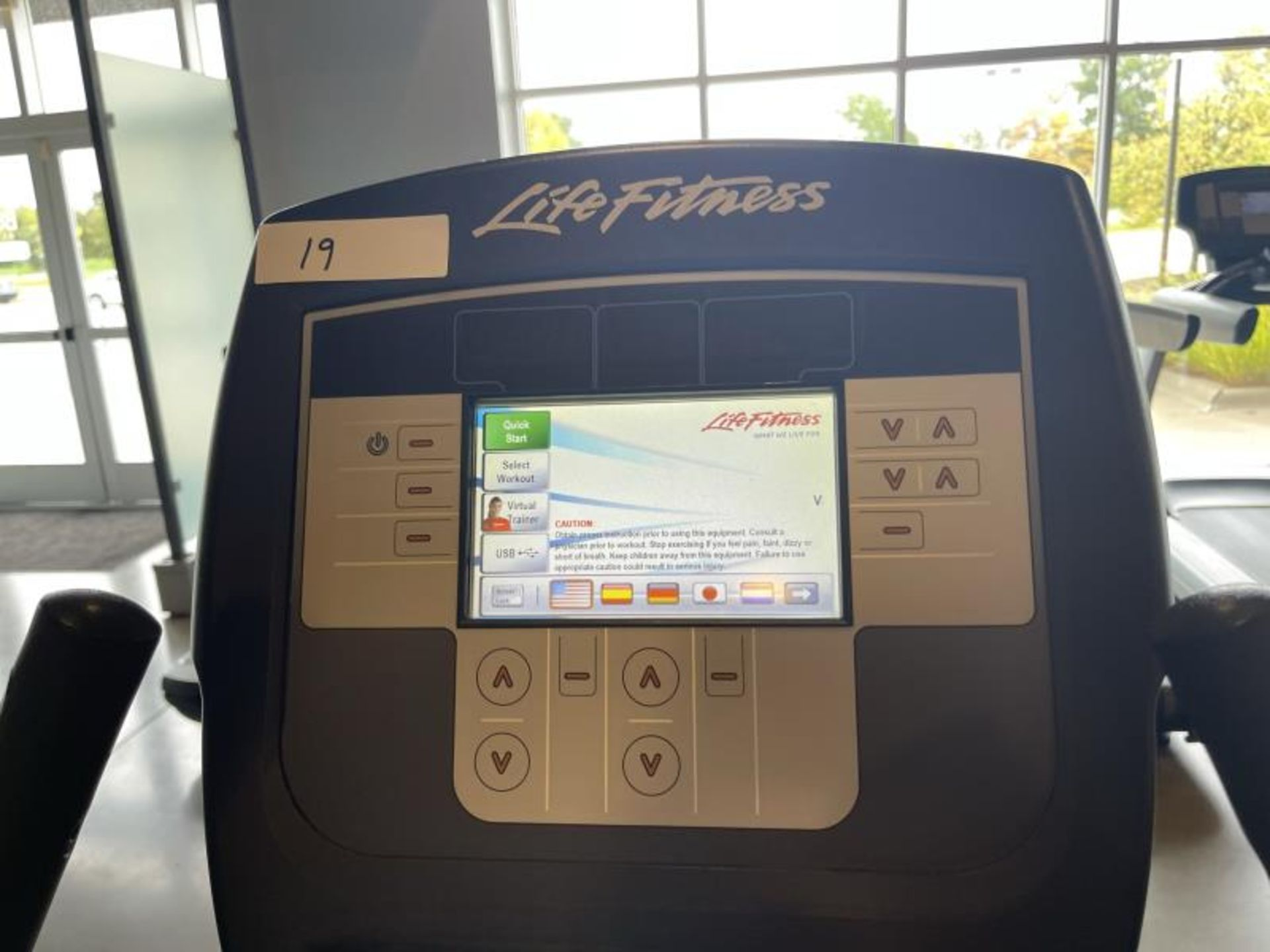 Life Fitness Exercise Bike M: 95CLifecycle, SN: CLV102820 - Image 4 of 4