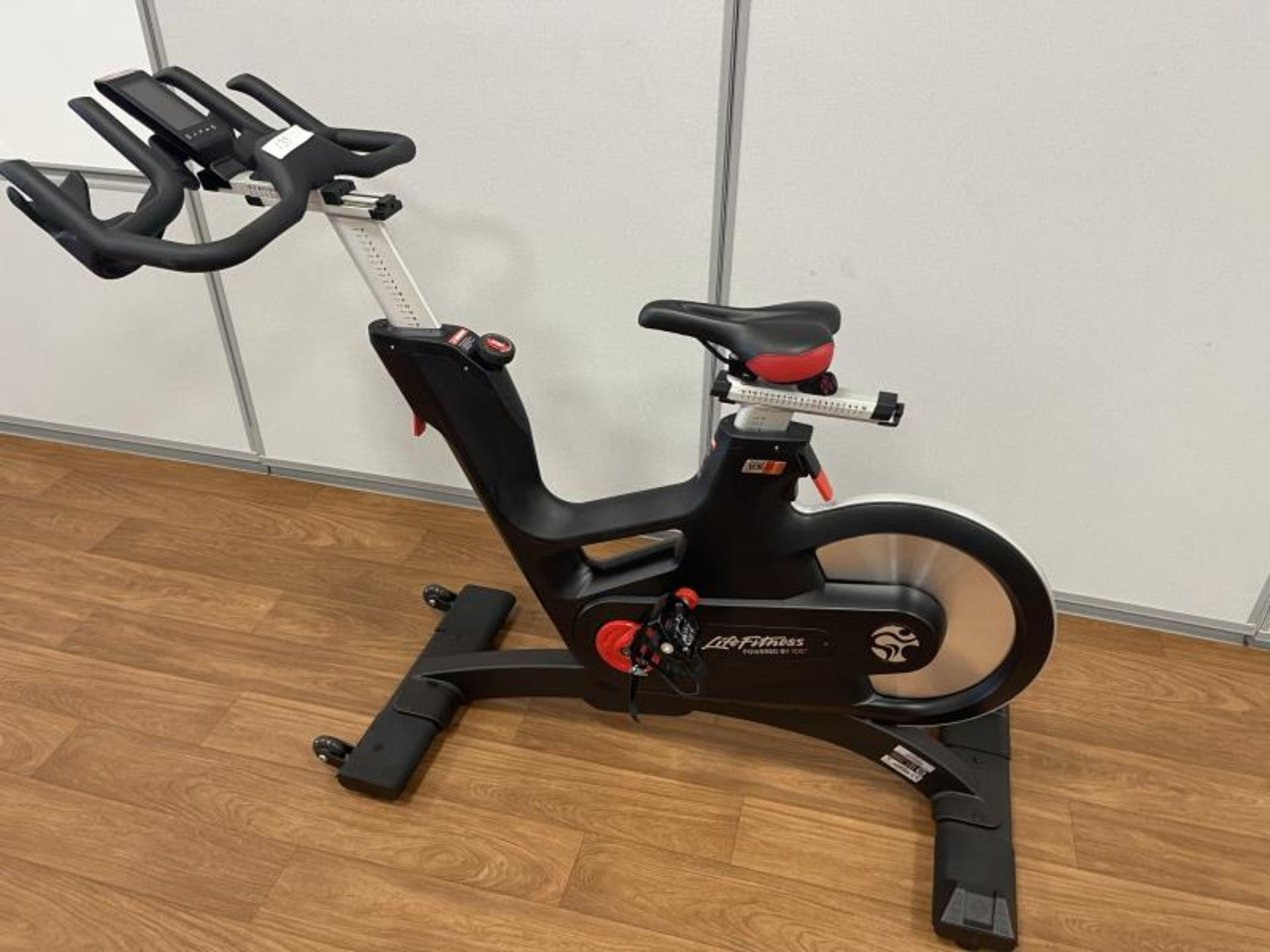 2018 Life Fitness IC7 ISpin Bike M: IC-LFIC7B2-01