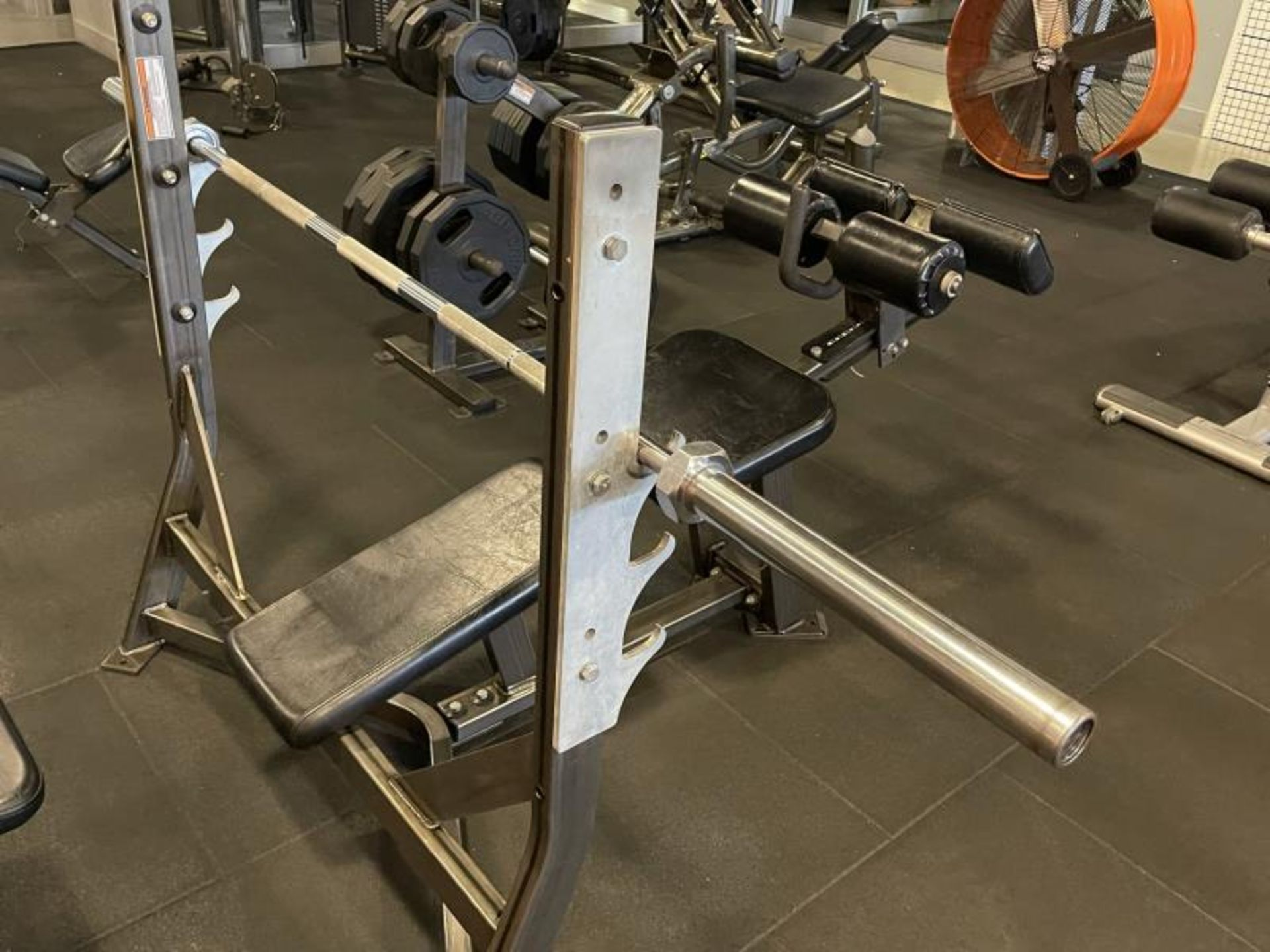 Hammer Strength Olympic Decline Bench with Bar ODB-A03 - Image 5 of 6