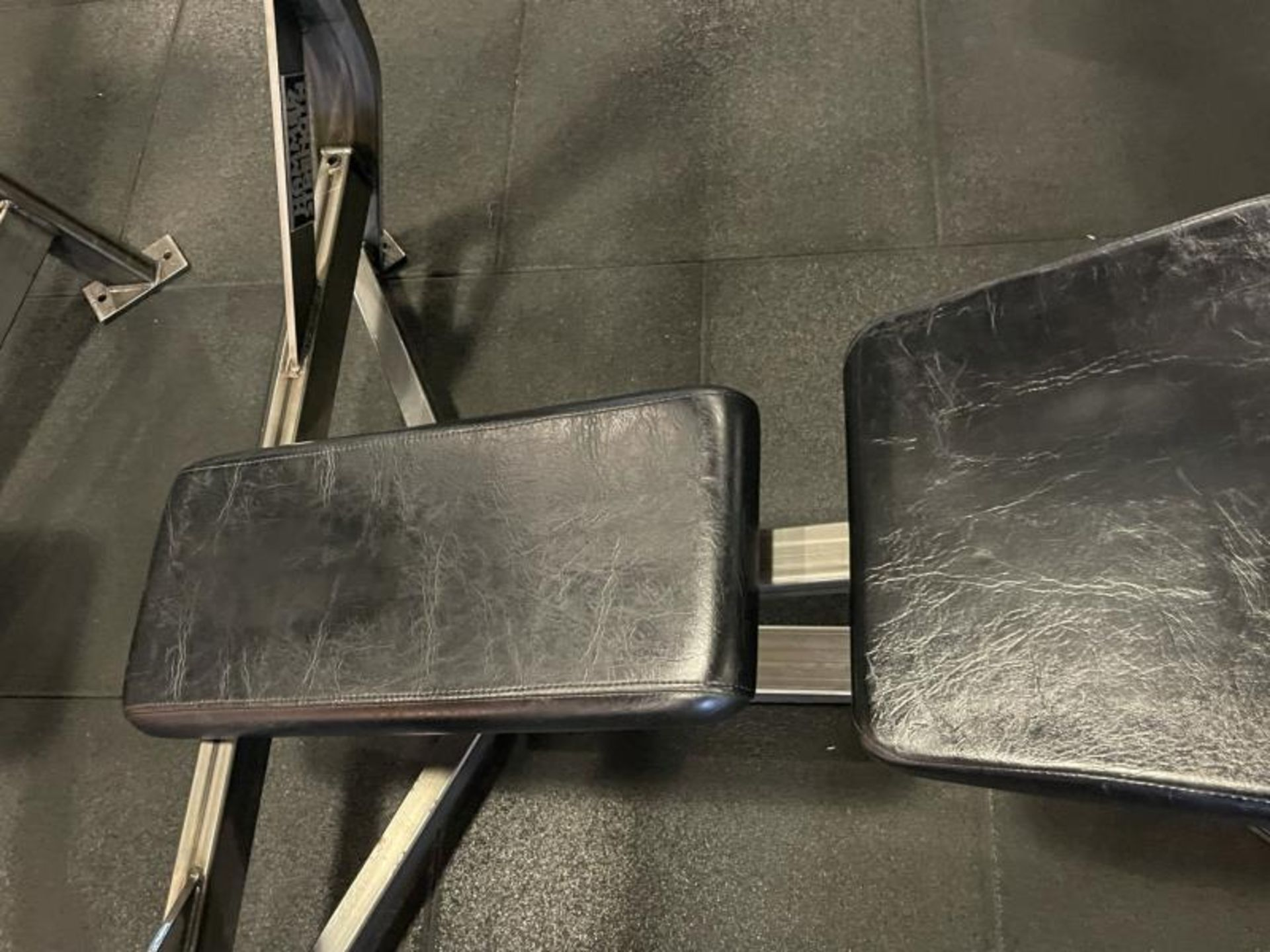 Hammer Strength Olympic Decline Bench with Bar ODB-A03 - Image 3 of 6