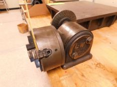 """LW Chuck Dividing Head with 6"""" 3-Jaw Chuck"""
