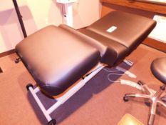 Oakworks Prolux Powered Lift Table, 550 lb. Capacity