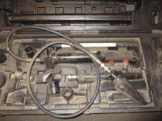 Omega 10 Ton Hand Operated Hydraulic Body Repair Kit