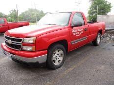 2006 Chevrolet Silverado 1500 LT Pickup, VIN 1GCEC14V96E251510, Regular Cab, Automatic, AC, 8'