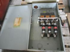 GE TH3365 Fusible Heavy Duty Safety Switch Model 4 400A, 600V