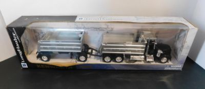 New Ray Kenworth W900 Truck and Trailer Toy