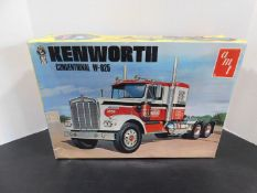 AMT Kenworth Conventional W-925 Model, T519