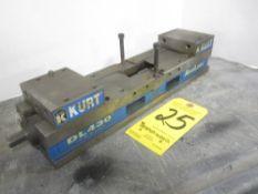 Kurt DL430 Double Acting Mill Vise
