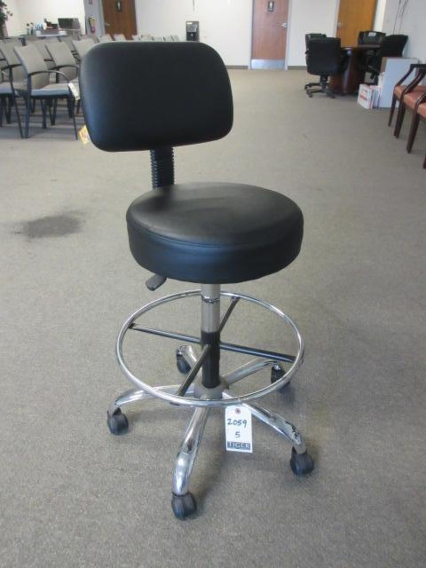 Black Lab Chairs-Swivel Base - Image 4 of 4
