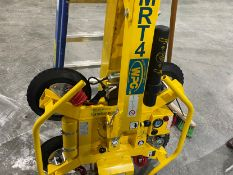NEW 2020 WPG MRT411LDC 4 CUP SUCTION 700LB HOIST ATTACHMENT