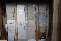 ALLEN BRADLEY 4 SECTION MCC, 300V OUT, 1000, HDR, 12 SWITCHES