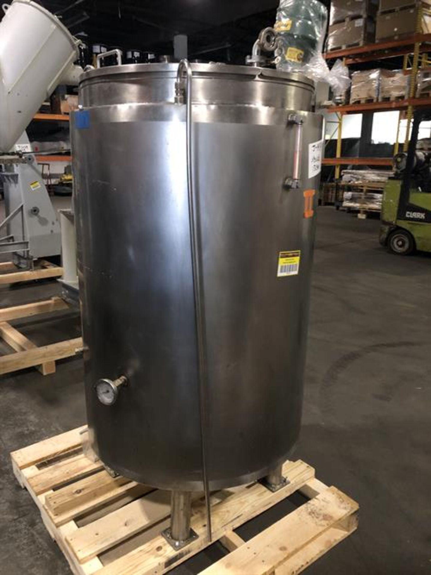 (2) Spray Dynamics 100 Gallon Stainless Steel Jacketed Mixing Tanks with pump - Image 29 of 32