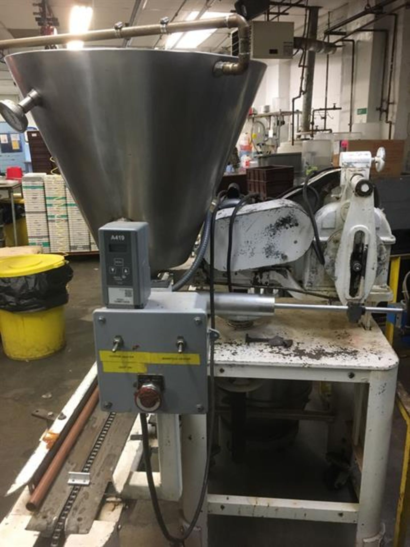 Elgin Single Piston Fudge Filler - SS Jacketed and Heated Hopper - Indexing Conveyor Located