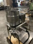 Groen TDB/4-20 quart Stainless Steel Cooking Kettle. Stock#82872. Located NJ - Rigging Free. Skid