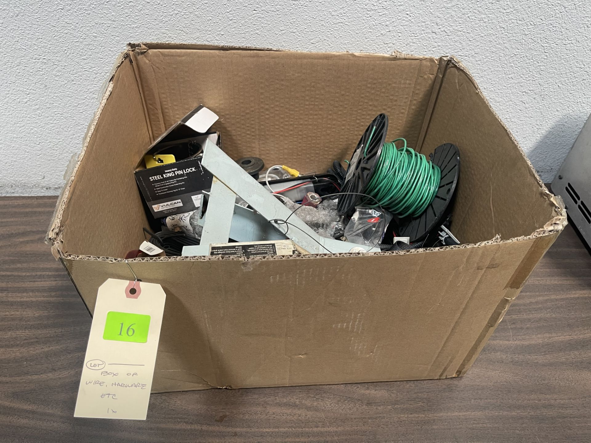 BOX OF WIRE HARWARE ETC 1X