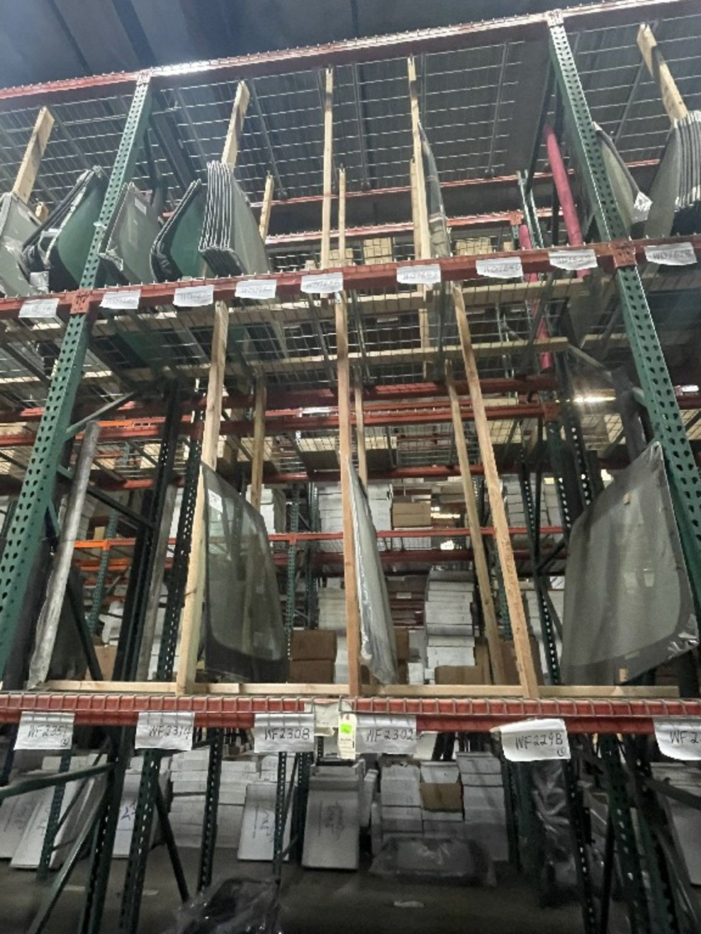 (1 SECTION) ASST WINDSHIELDS WD1658 WD1682