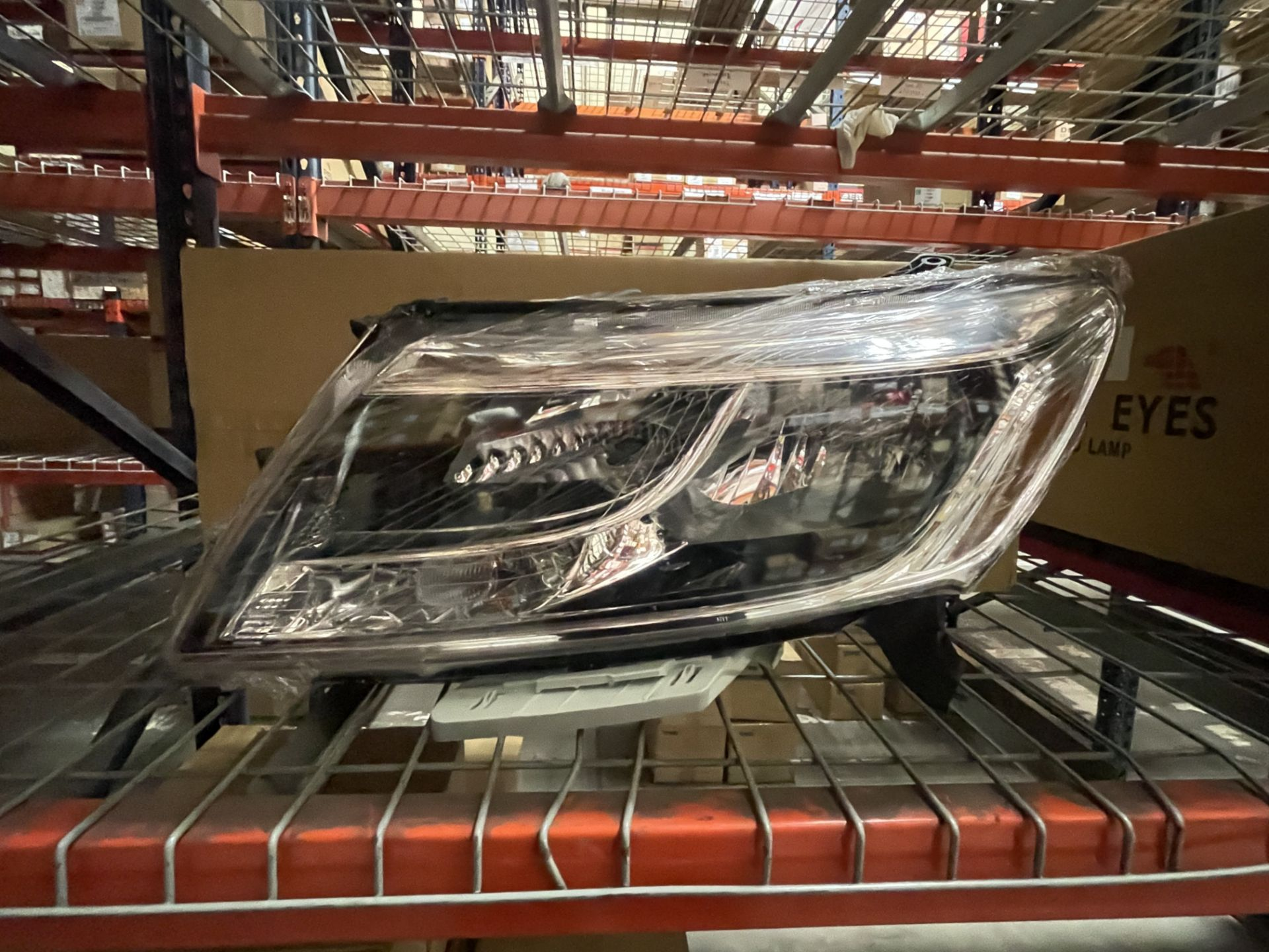 ASST DEPO EAGLE AUTO LAMPS FRONTIER 33X - Image 2 of 2