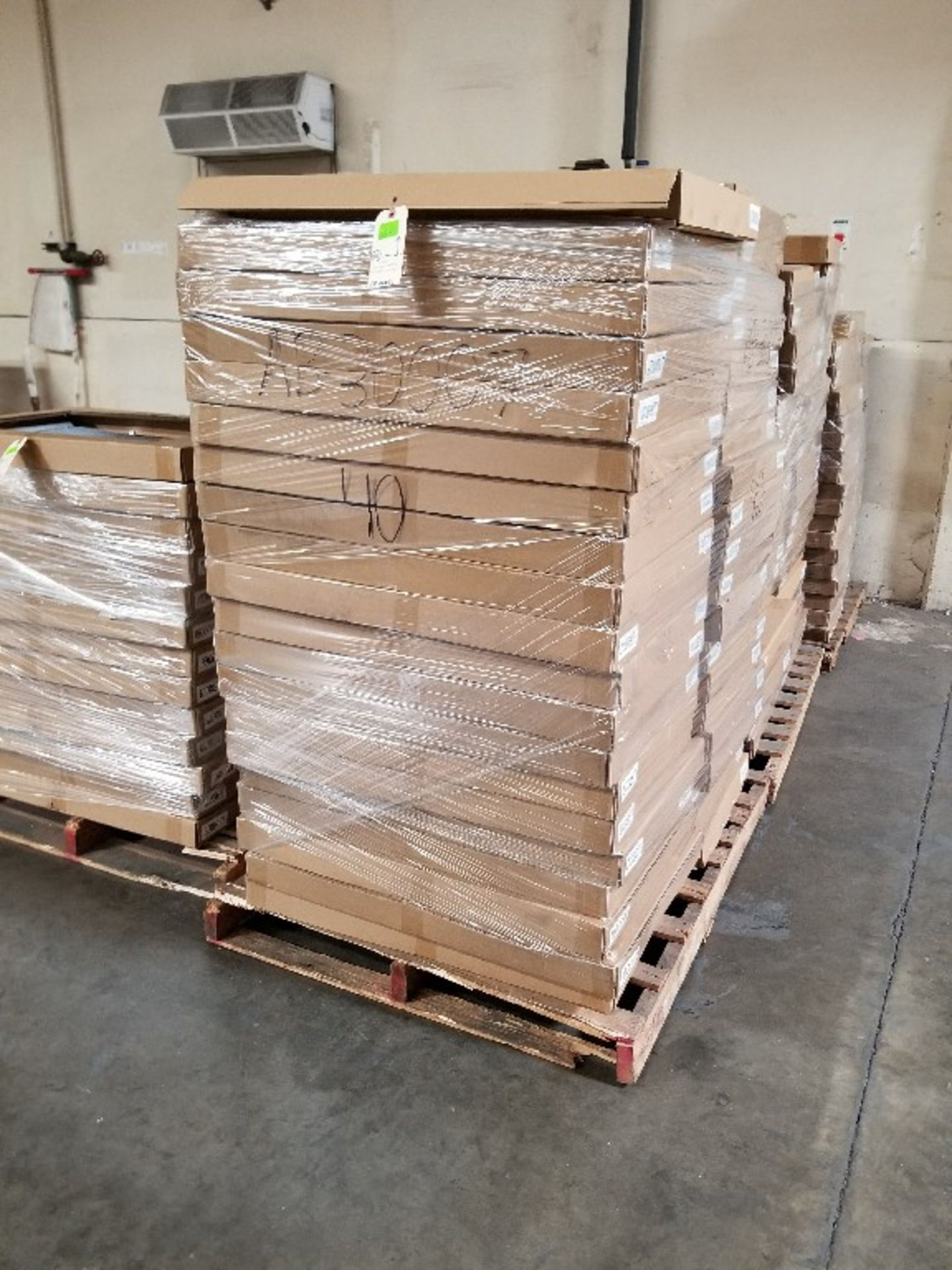ASST CONDENSERS AB30007, AB3525 3 PALLETS