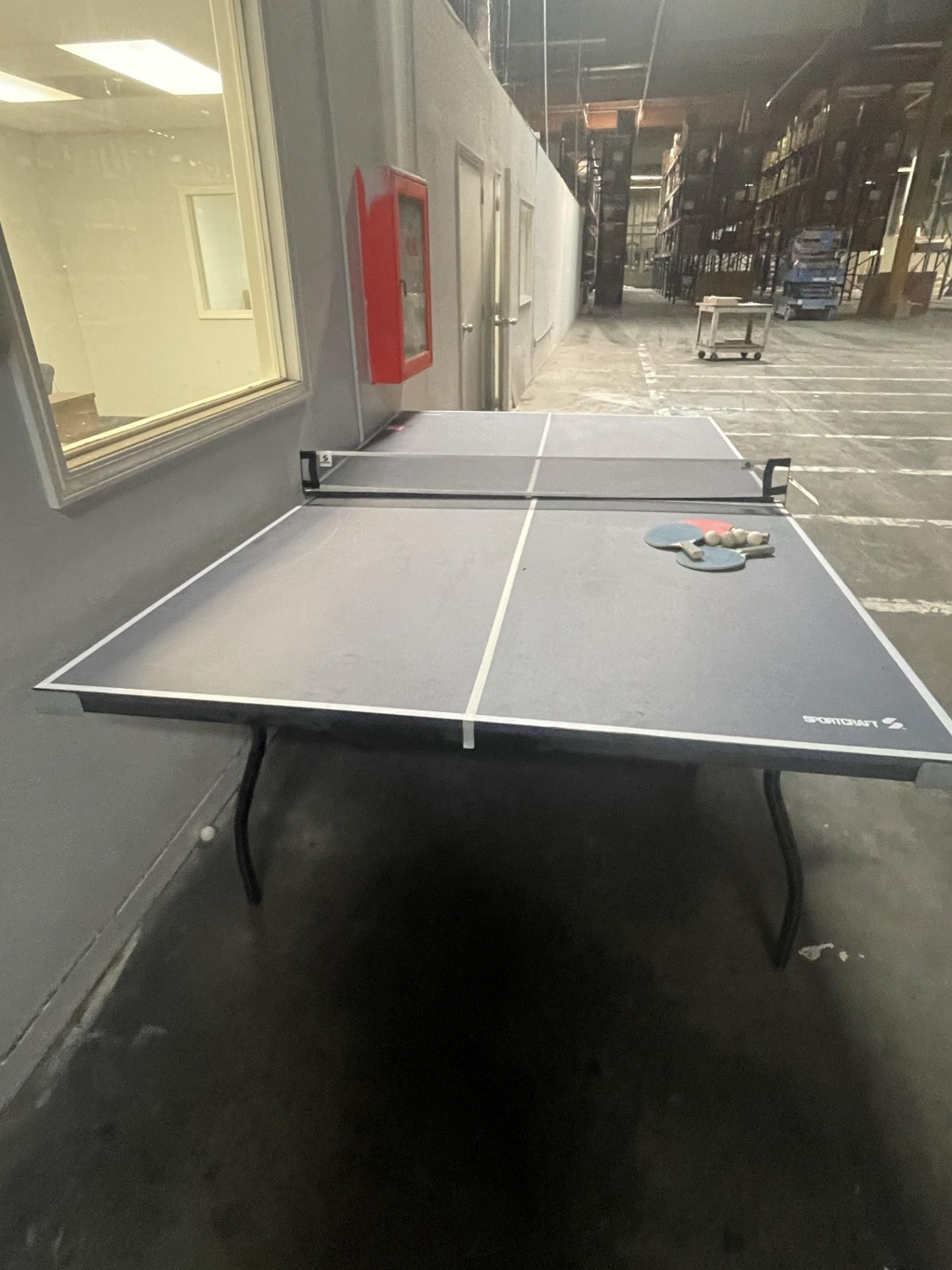 PING PONG TABLE - Image 3 of 3