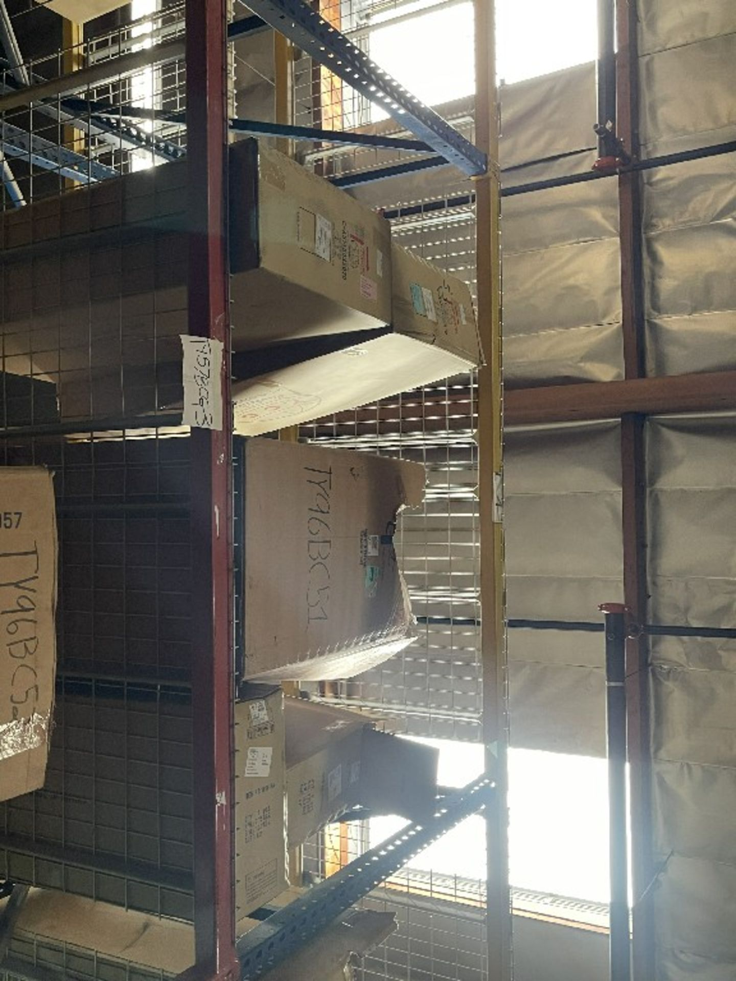 (TOP 2 SECTIONS) ASST GRILLES TOYOTA - Image 2 of 2