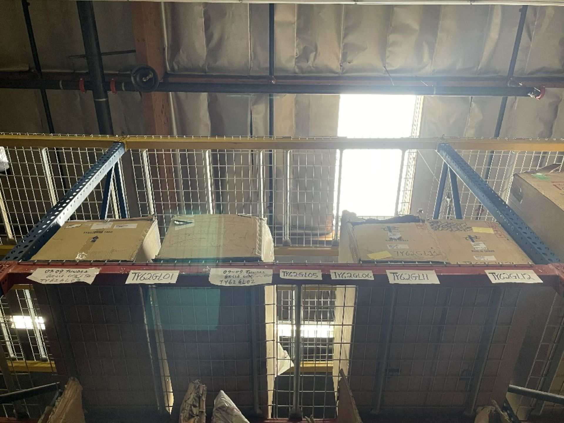 (TOP 2 SECTIONS) ASST GRILLES TUNDRA, T-100 & +