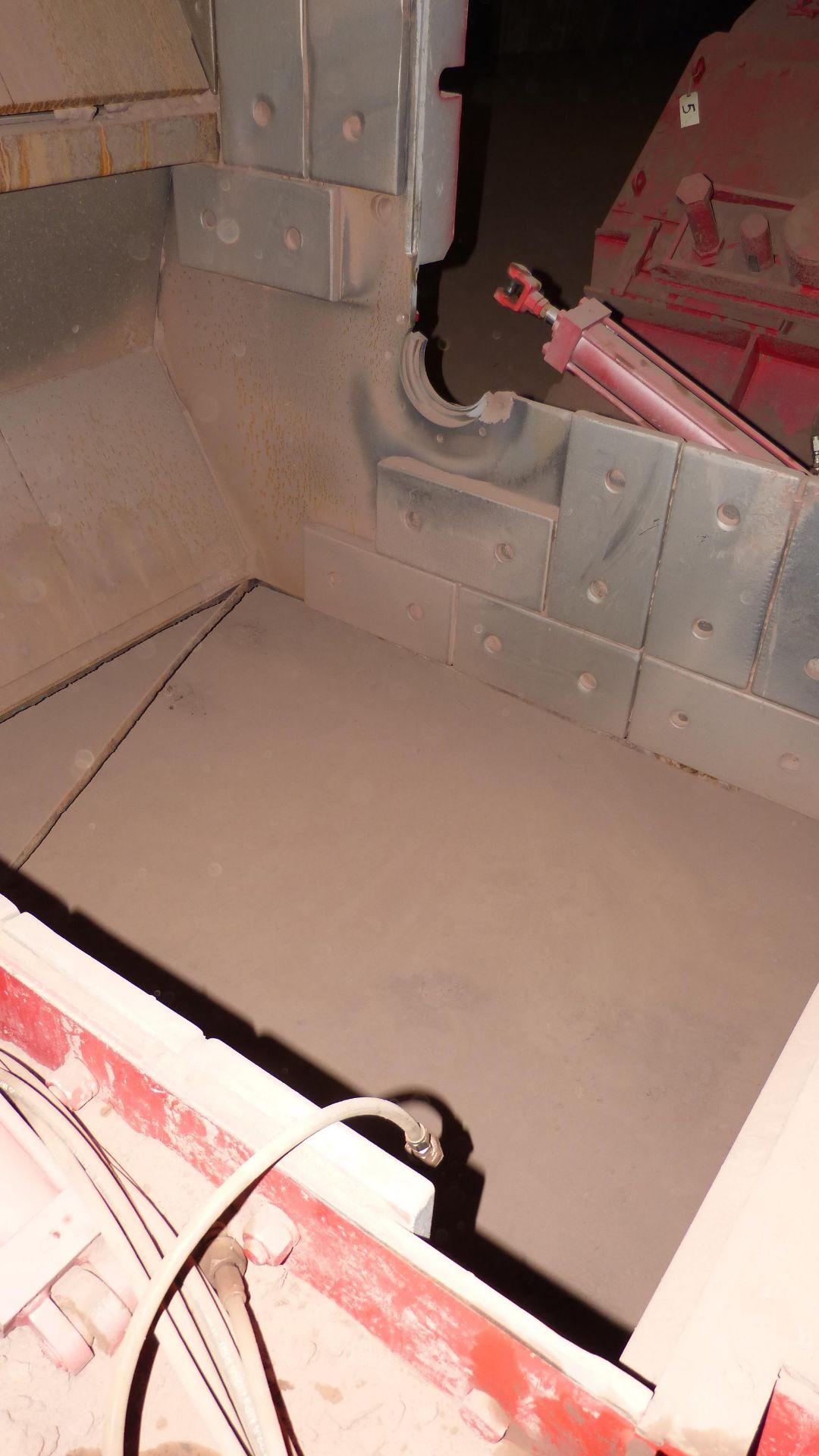 HAZEMAG IMPACT CRUSHER, MODEL 1315, 60'' DIAMETER ROTOR, 60'' WIDE, 575V, 450 HP - Image 16 of 25