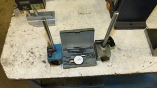 MITUTOYO DIGIMATIC NO. 513-402 HORIZONTAL TEST INDICATOR W/STM MAGNETIC BASE