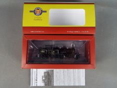 Oxford Rail - A boxed OO gauge OR76AR002 4-4-2 Radial Tanks Class steam locomotive Op.No.