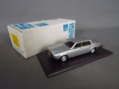 SMTS - A boxed white metal, SMTS CL33 Jaguar XJ6 Series 3 in silver.