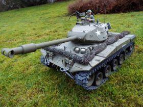 Heng Long - 1/16 3839-1 2.4G U.S. M41A3 Wacker Bulldog RC Tank. With power pack.