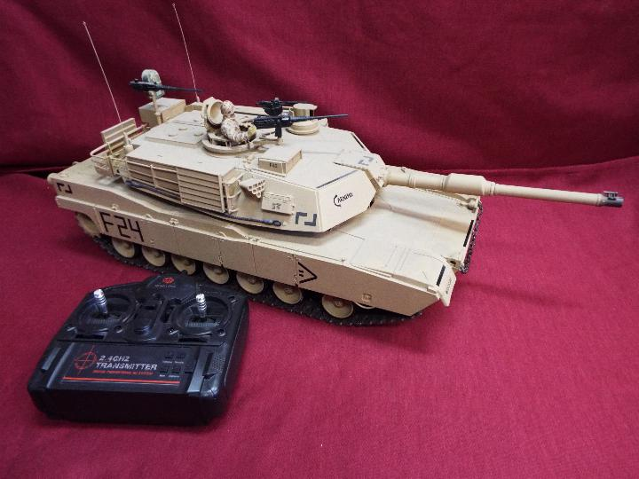 Heng Long - Abrams 1/16 scale M1A2 tank with 2.4 GHz transmitter.