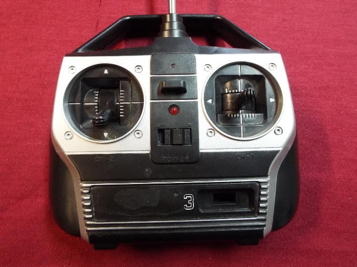 Remote control transmitter. - Image 2 of 3