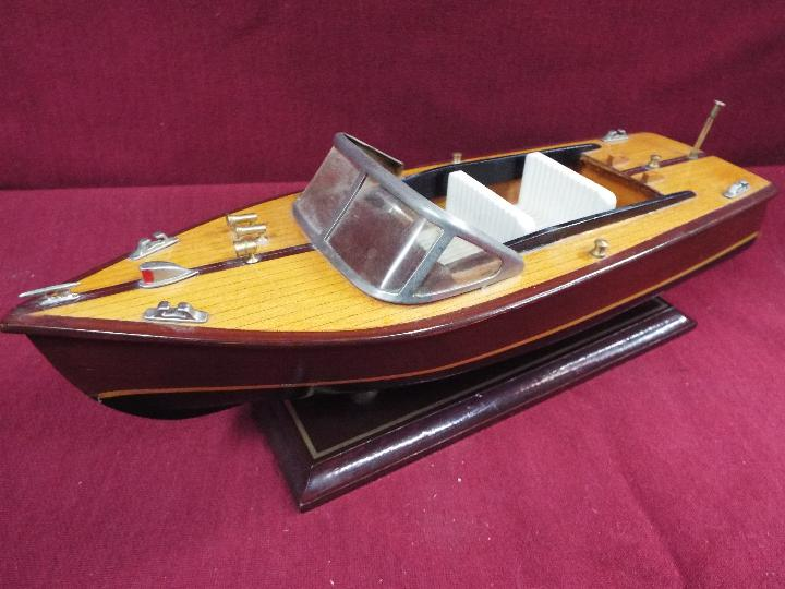 Two static wooden display models of Riva type luxury yachts. - Image 5 of 5