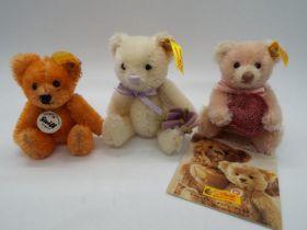 Steiff - Three Steiff Mini Bears comprising # 028915 'Bear With Heart',
