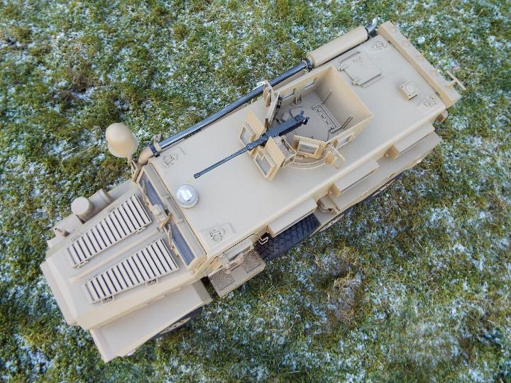 HG -RC MRAP COUGAR U.S. Military Vehicle 6X6 HG P602 1/12 2.4G 6WD 16CH ARTR 2. - Image 6 of 12