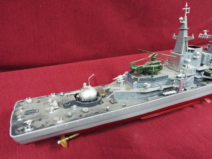 A radio controlled 'Smasher' Destroyer. - Image 4 of 6