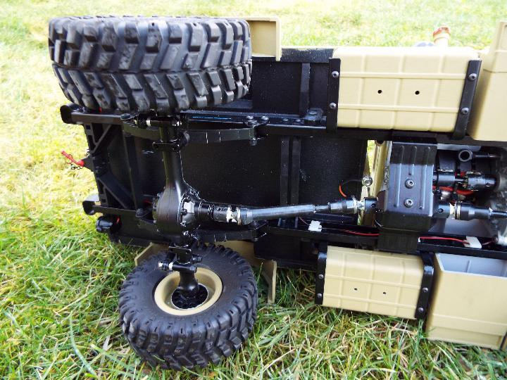CROSSRC - HC4 4 x 4 4WD TRUCK model. - Image 8 of 10