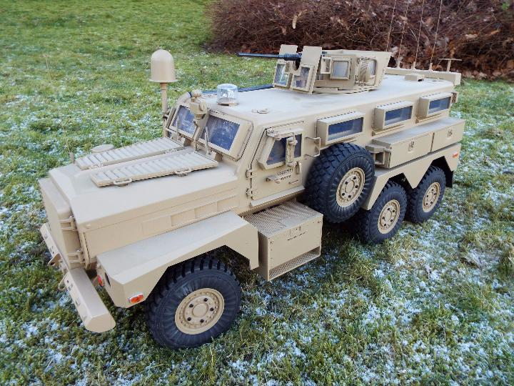 HG -RC MRAP COUGAR U.S. Military Vehicle 6X6 HG P602 1/12 2.4G 6WD 16CH ARTR 2. - Image 2 of 12